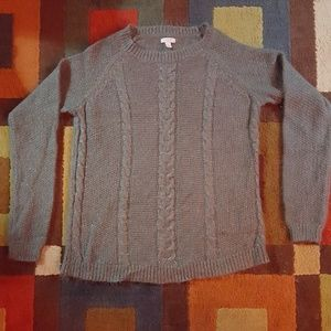 LIKE NEW CONDITION long sleeve fuzzy soft sweater